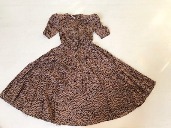 Cool 1980s Feather Print Secretary Dress