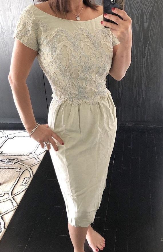 vintage 1960s rose tan nude lace 60s mid century tiered wiggle dress- medium