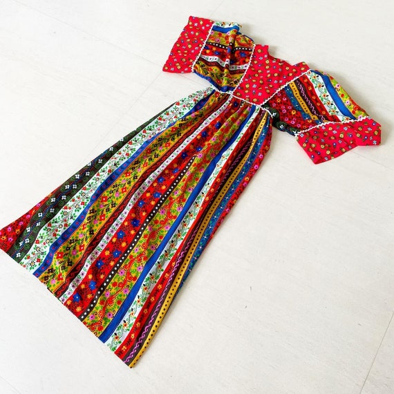 Gorgeous Colorful 70s Prairie Dress with Kimono Sl