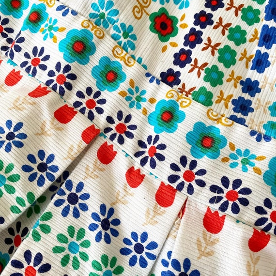 Pretty Colorful Floral 60s Sundress - image 3