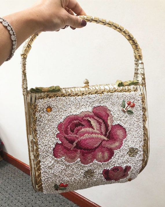 Beautiful Beaded Embroidered Rose Novelty Purse