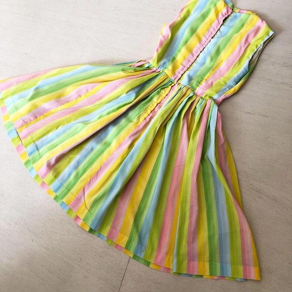 Pretty Pastel Rainbow 50s Dress - image 6