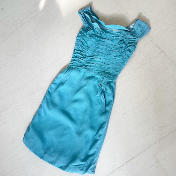 Pretty Turquoise Pleated Wiggle