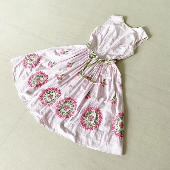 Pretty in Pink Embroidered 50s Dress