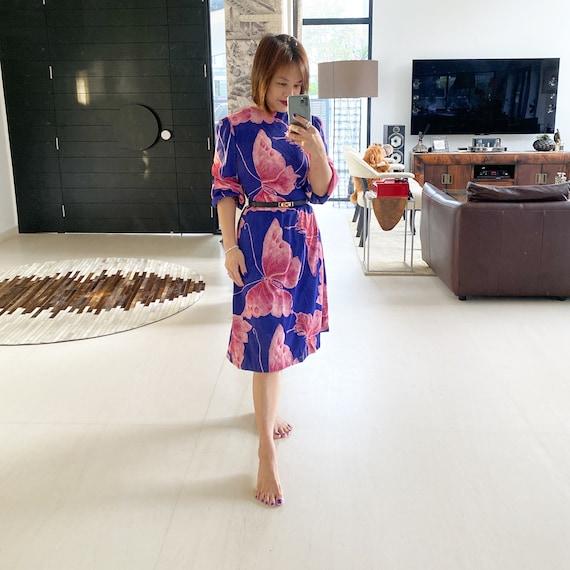 Beautiful 70s Bold Butterfly Print Dress