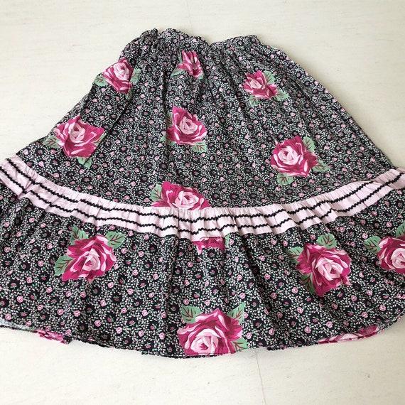 Pretty 50s Rose Print Ric Rac Skirt