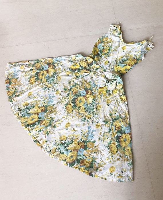 Pretty Yellow Rose Bow Pocket Dress