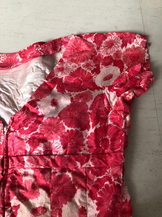 Lovely Gigi Young Daisy Print Dress - image 7