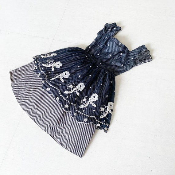 Black and White Floral 50s Frock