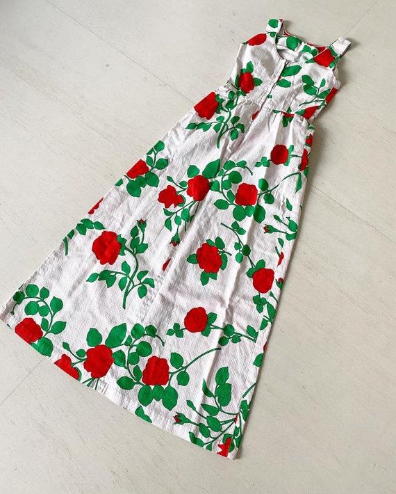 Stunning Malia Rose Print Maxi Dress - image 1
