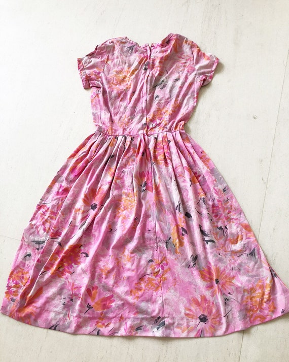 Pretty Late-50s Daisies Sundress