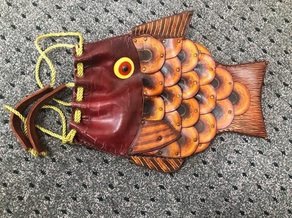 Super Cool Rare Full Leather Novelty Fish Purse
