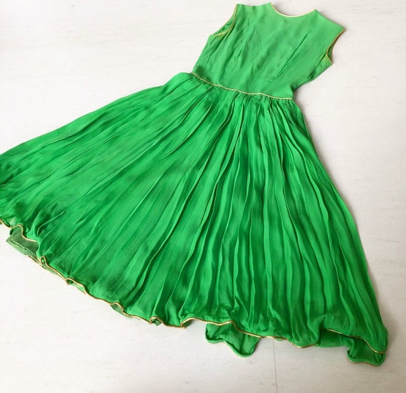 Beautiful 50s Lime Green Lanz Chiffon Dress