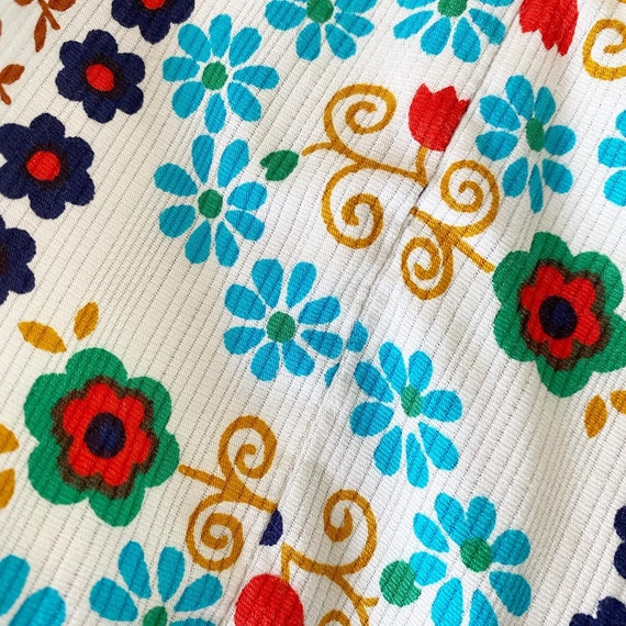 Pretty Colorful Floral 60s Sundress - image 6
