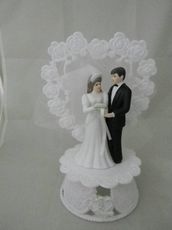 Wedding Party Reception ~Ivory Gown Bride~  Deer Hunter Hunting Cake Topper