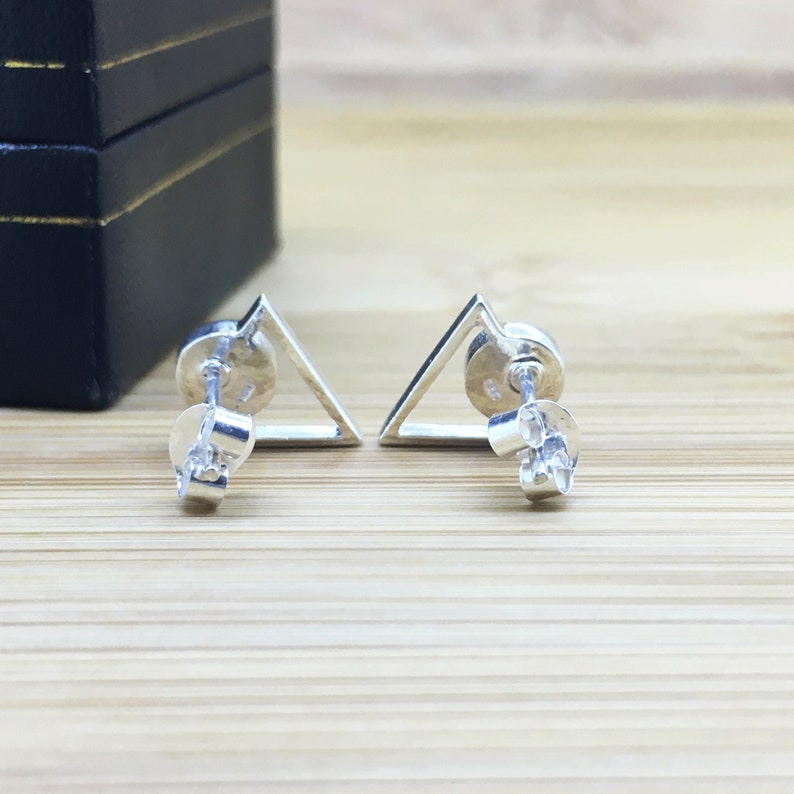 Pink Mother of Pearl Triangle Stud Earrings 925 Sterling Silver Ear Studs Women/'s Jewellery Handmade Gift Present For Her Shell Earrings