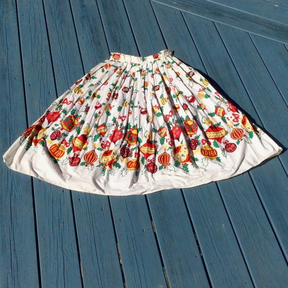 Vintage 1950s Border Print Christmas Skirt