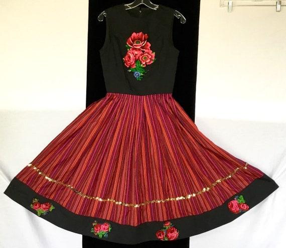 Vintage 1950s Folk Dress