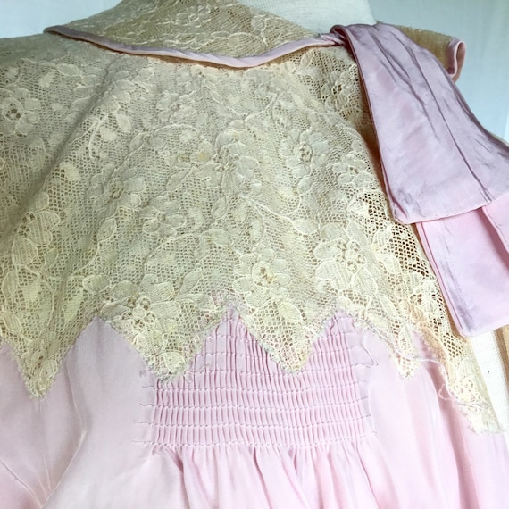 Vintage 1940s Bed Jacket - image 2