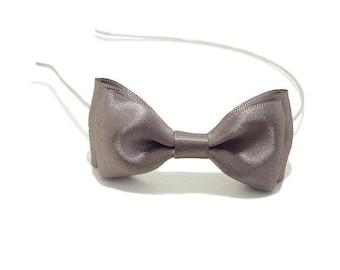 Headband bow, Satin Ribbon, Beige Taupe.