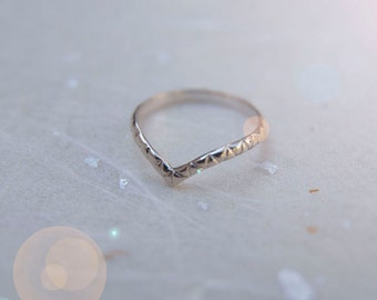 Patterned or Plain Midi Ring Silver. Chevron Ring. Midi ring. Recycled Silver Ring. Upper finger Ring. Delicate Ring. Simple ring.