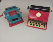 Ancient Toy Typewriter