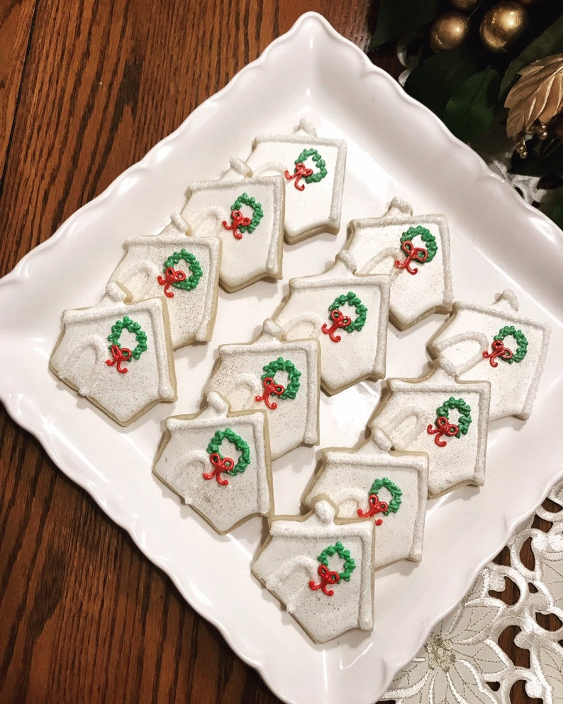 Christmas House Cookies Christmas Cookies Corporate Gifts Client Gifts Wreath Cookies Holiday Cookies Party Cookies Officr Holiday Party