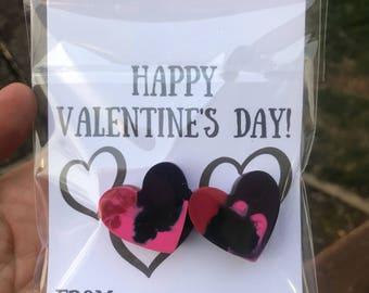 Kids Valentines Cards // Coloring Valentines // Classroom Gift // Cheap Valentines Cards // Kids Valentine Ideas // Valentine Cards