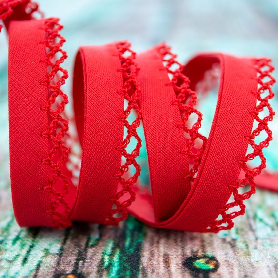High-quality and firm bias tape red with a crochet trim, 18mm, 1m / 1,09 yards per piece
