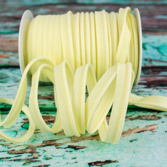 Piping stripe vanilla, 1,09 yards / 1m  per piece