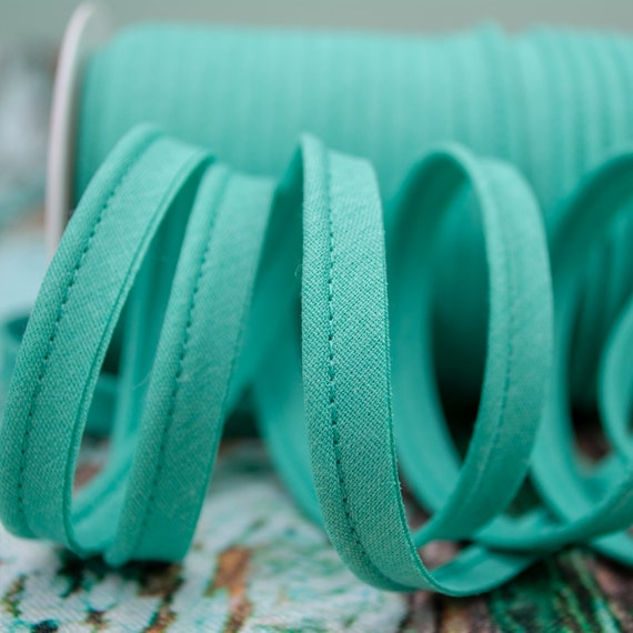 Piping stripe mint, 1,09 yards / 1m  per piece