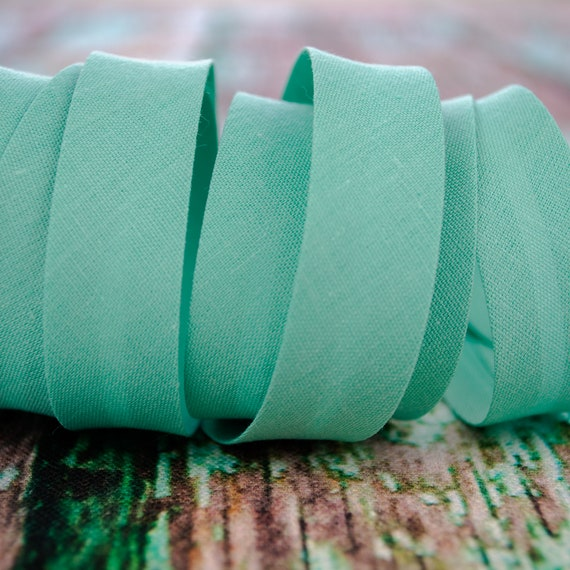 Bias binding mint green, 18mm, 1,09 yards = 1 meter per piece