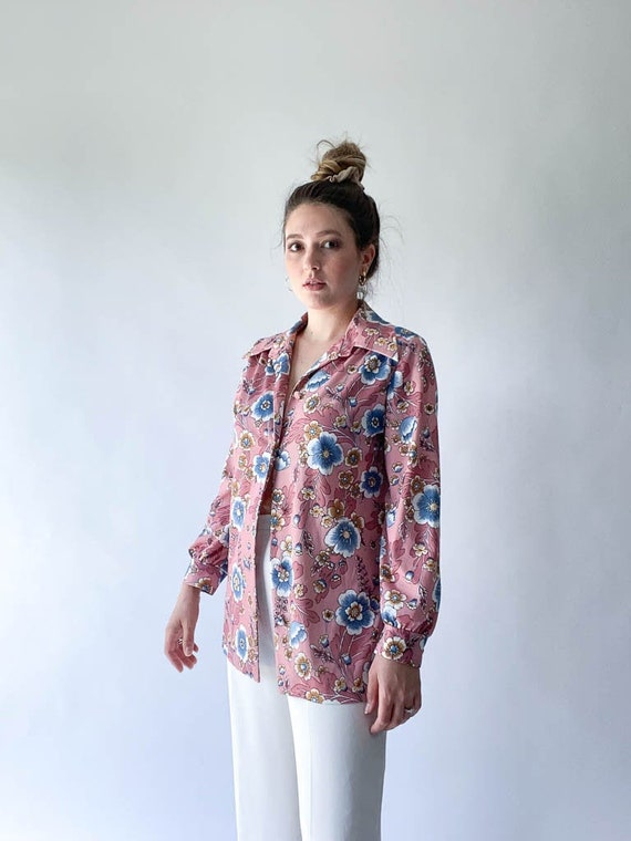 vintage 1970s pink and blue floral blouse
