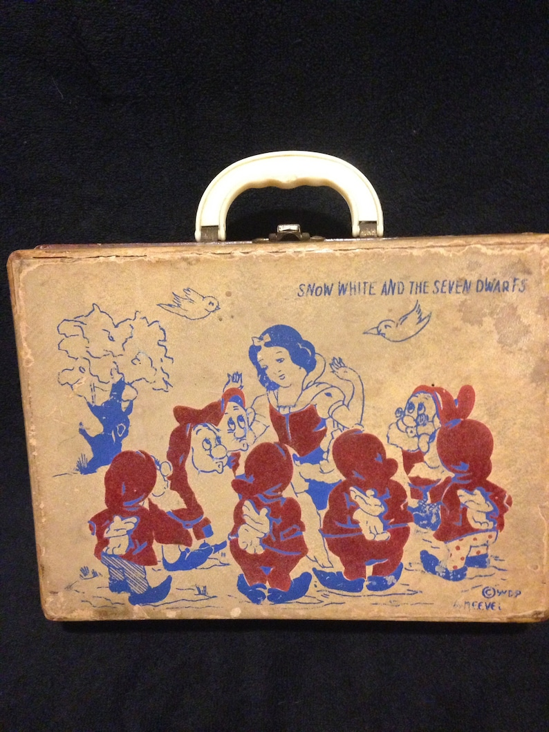 f3122c9cefb Vintage 1960s Walt Disney Productions SNOW WHITE and The