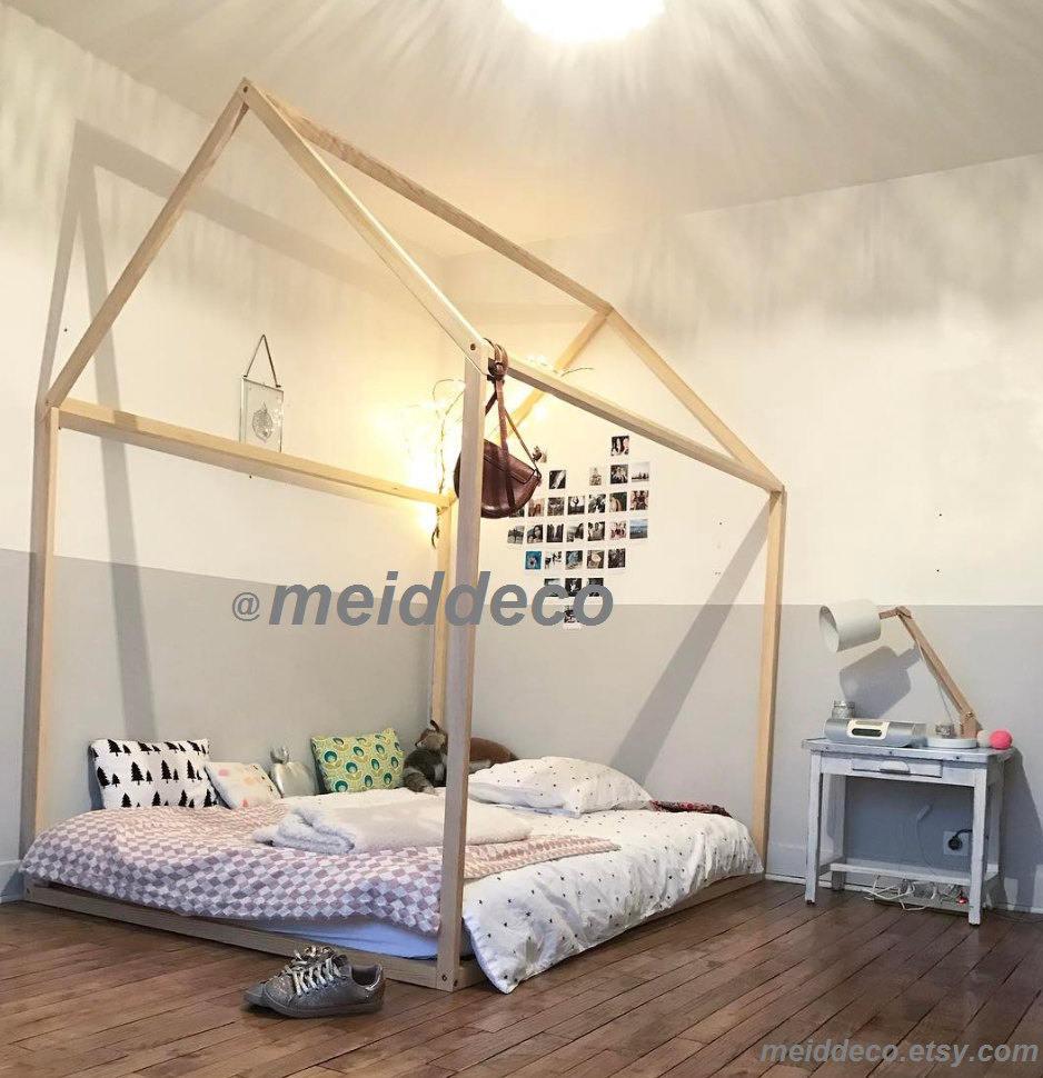 3 4 lit 48 x 75 pouces enfants cr che lit maison en bois etsy. Black Bedroom Furniture Sets. Home Design Ideas