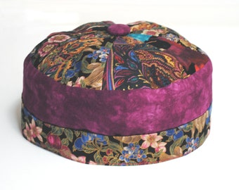ee402b0caa2 Black brimless hat