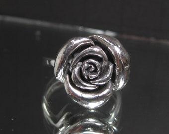 Vintage Sterling Silver Flower Ring Sz 6