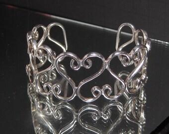 Vintage Sterling Silver Nested Hearts Bracelet