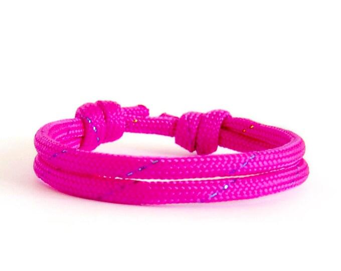 Travel Gift For Her, Travel Bracelet. Best Travel Gift For Her - Cute Gifts Ideas For Her, Mom And Wife