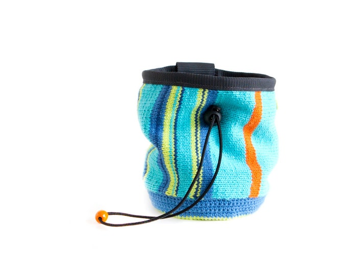 Climbing Bag. Chalk Bag for Bouldering and Climbing. Climbing Gear Handmade Knitted (Crochet) Chalkbag, M Size