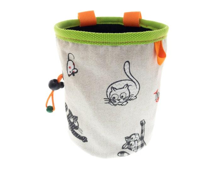 Boulder Bucket, Bouldering Chalk Bag Rock Climbing, Deluxe Chalk Bag Cats. XL Size