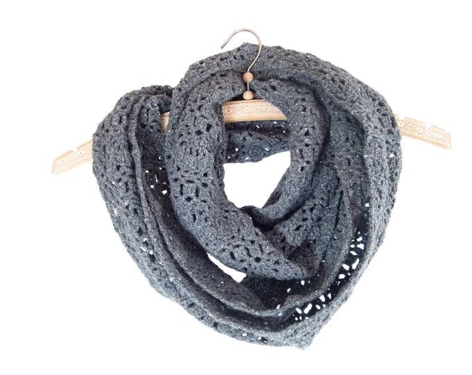 Scarf Knitted Women, Knitted Scarf, Knitted in The Round, Crochet Grey Infinity Wool Yarn