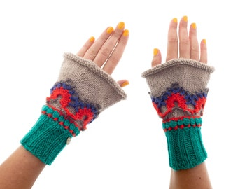 Boho Fingerless Gloves. Wrist Warmers. Fingerless Lace Gloves of Cashmere Wool Gloves & Mittens