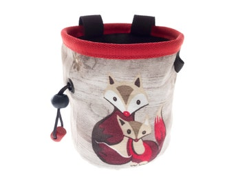 Funny Climbing Gifts Chalk Bag, Rock Climbers Enthusiast Indoor Bouldering Christmas Gift Idea, Unique Magnesium Chalk Bucket. M Size