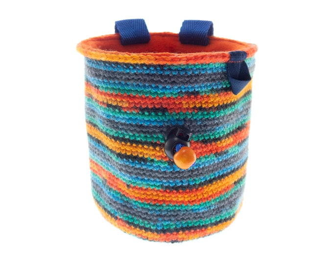 Handmade Chalk Bag Attach Harness, Bouldering and Rock Climbing Purse for Ladies and Men. Knitted. M Size