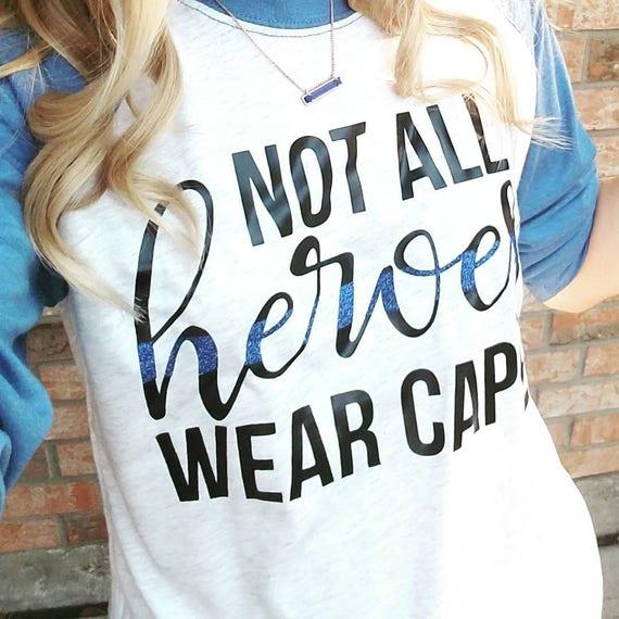 Certaines super héros n/'ont pas Capes Ils-ne pas capes.. Standard Unisexe T-Shirt