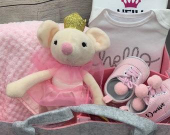 Personalised newborn baby hamper, baby gift, luxury baby shower gift. Baby girl gift.