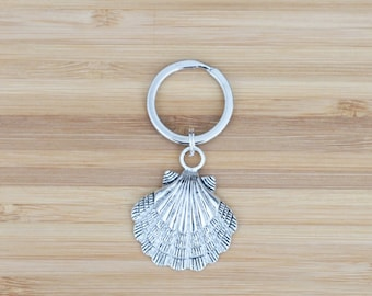 large keychain | seashell
