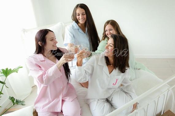 Ladies Personalized Seersucker Pajamas, Seersucker Pajamas, Womens Seersucker Pajamas, Monogrammed Seersucker Pajamas