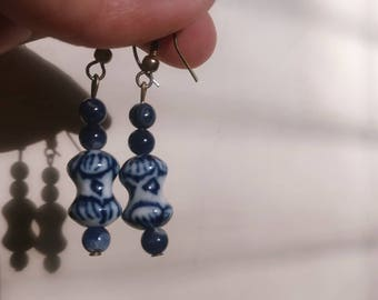 Vintage Blue and White dangle earrings